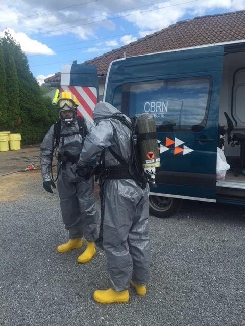Démantèlement d'un laboratoire de stupéfiants par la Protection civile